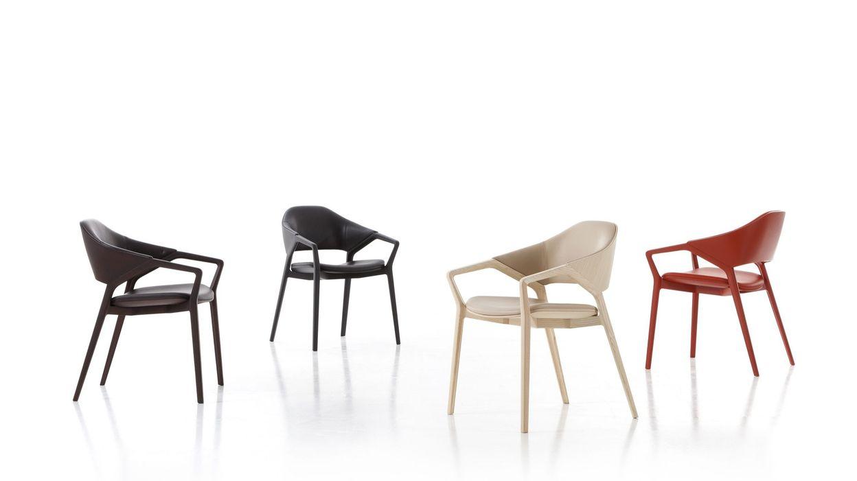 Les plus beaux fauteuils du salon du meuble de milan for Salon du meuble nantes
