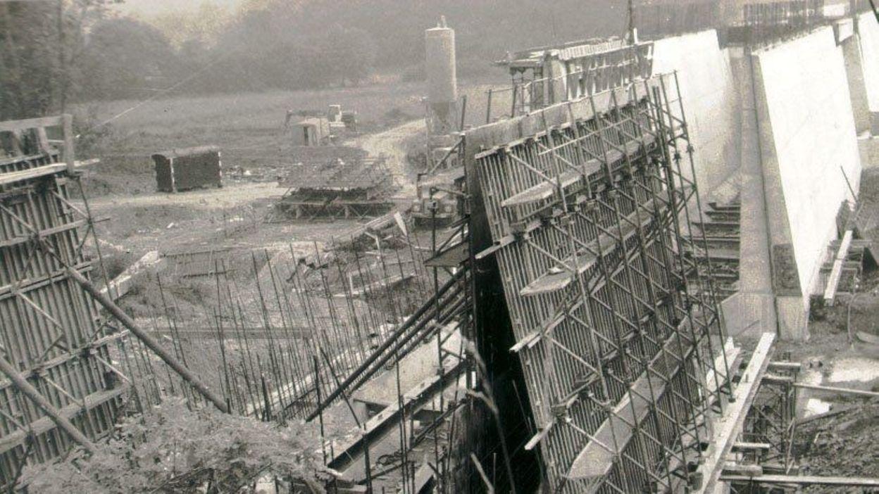 Le fondateur des barrages de l 39 eau d 39 heure mis l 39 honneur gerpinnes rtbf regions - Barrage de l odeur ...