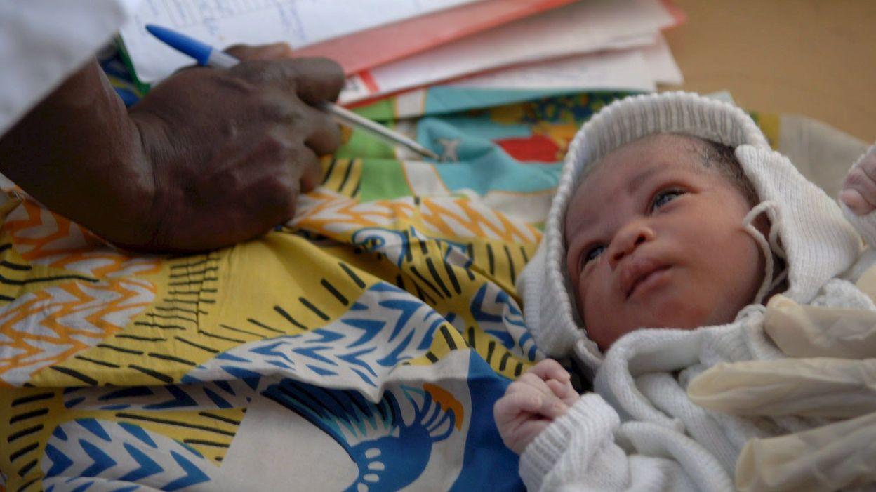 Adoption d'enfants congolais par des couples belges : la directrice de l'orphelinat arrêtée