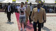 Après une visite au Gabon, Messi est sous le feu des critiques