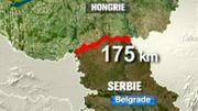 175 km de clôture et de barbelés pour contenir les migrants