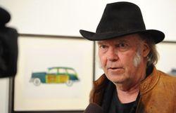 OGM: Neil Young veut boycotter les cafés Starbucks