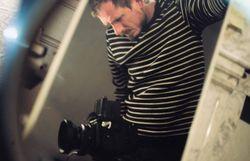 Beaux clips minimalistes et touchants par le producteur et le réal de ceux de Stromae