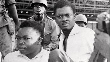 Patrice Lumumba (au centre)