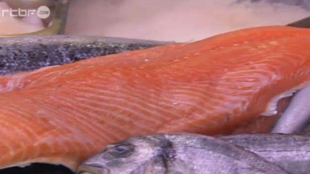Le saumon est reconnu dangereux par la Norvège
