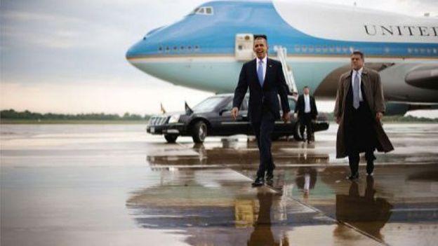 Le président américain Barack Obama arrive à l'aéroport de Colombus, dans l'Ohio, le 21 août 2012