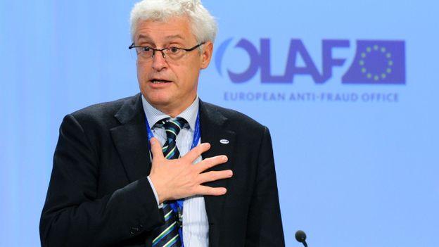 Le commisaire John Dalli plaide son innocence dans une affaire de corruption qui l'a forcé à démissionner