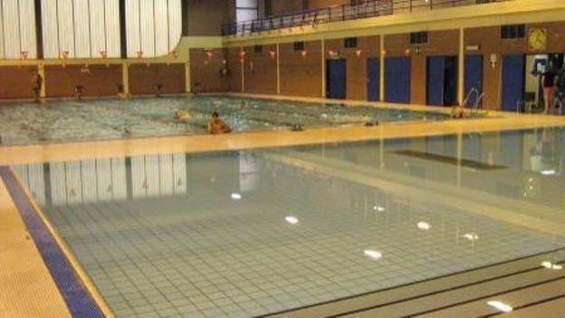 li ge h catombe de ma tres nageurs la piscine d
