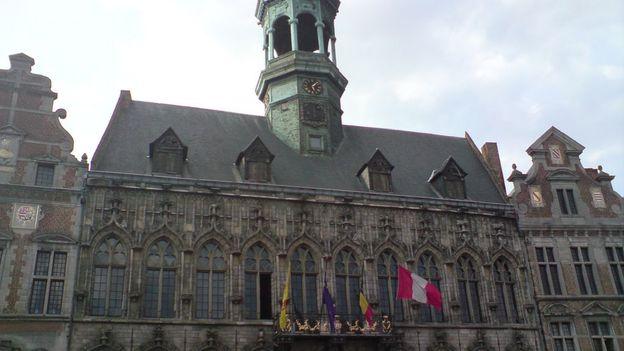 La Ville de Mons compte regrouper plusieurs services dans un bâtiment moins énergivore.